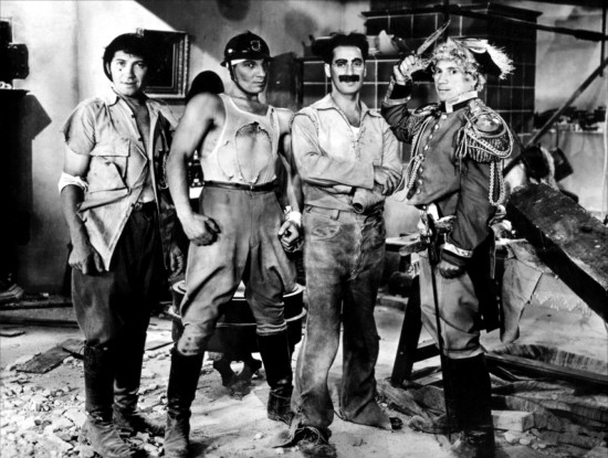 Annex - Marx Brothers (Duck Soup)_NRFPT_04