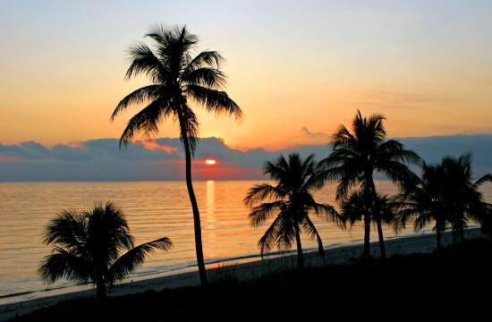 Sunset light show on Sanibel Island, Florida. Shutterstock photo.